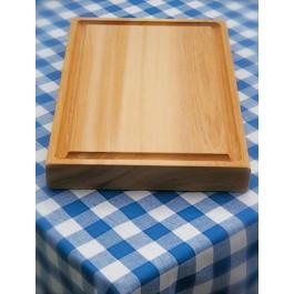 Een cederhouten plank.