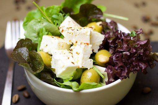 zelf-kaas-maken-met-salade