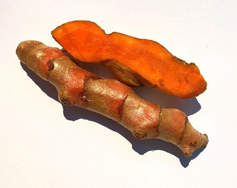 verse-kurkuma-wortel